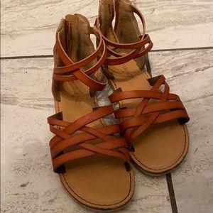 Girls sandlas size 1